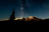 Milky Way at Sunrise Mt. Rainier 20190822 / レニア山の天の川