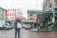 Raindrops in Pike Place Market 20170307 / 雨垂れのパイクプレイスマーケット
